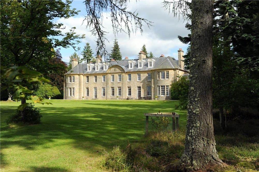 Blervie House from the garden