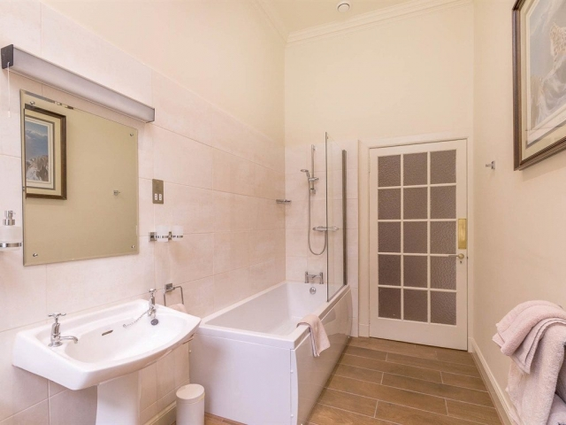 Two Bedroom Family Suite shared Bathroom with private access